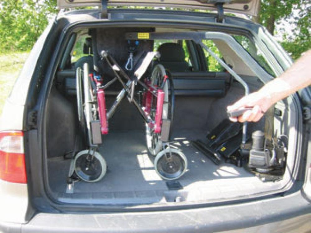 el vateur pour chaise roulante coffre carolift 90 mees mobility center. Black Bedroom Furniture Sets. Home Design Ideas