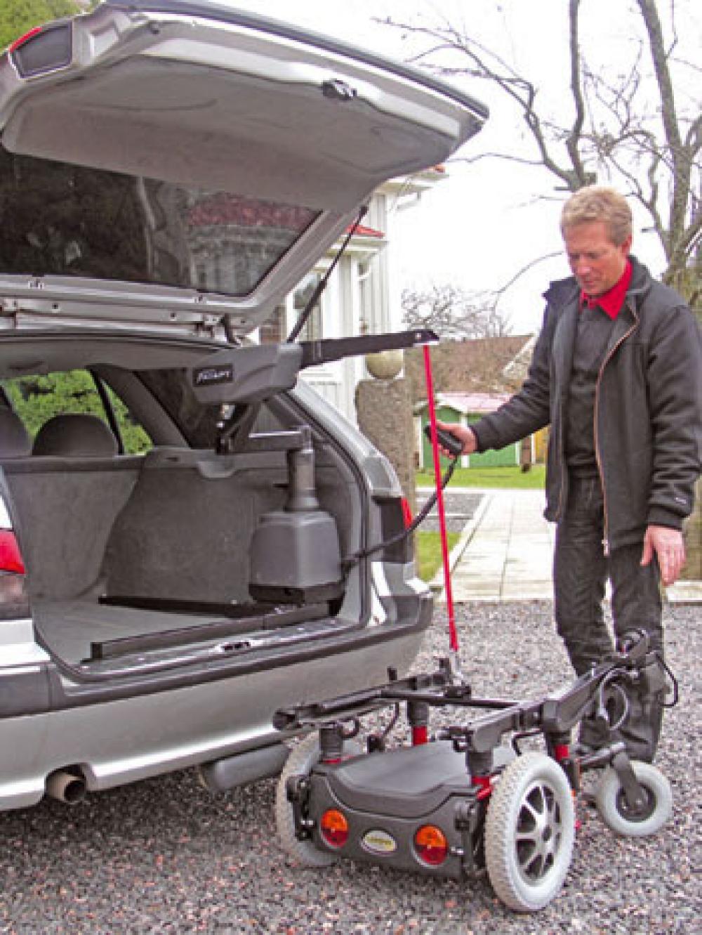 el vateur pour chaise roulante coffre carolift 6000 mees mobility center. Black Bedroom Furniture Sets. Home Design Ideas